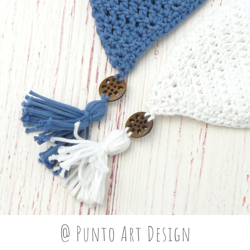 Small Hanging Pocket