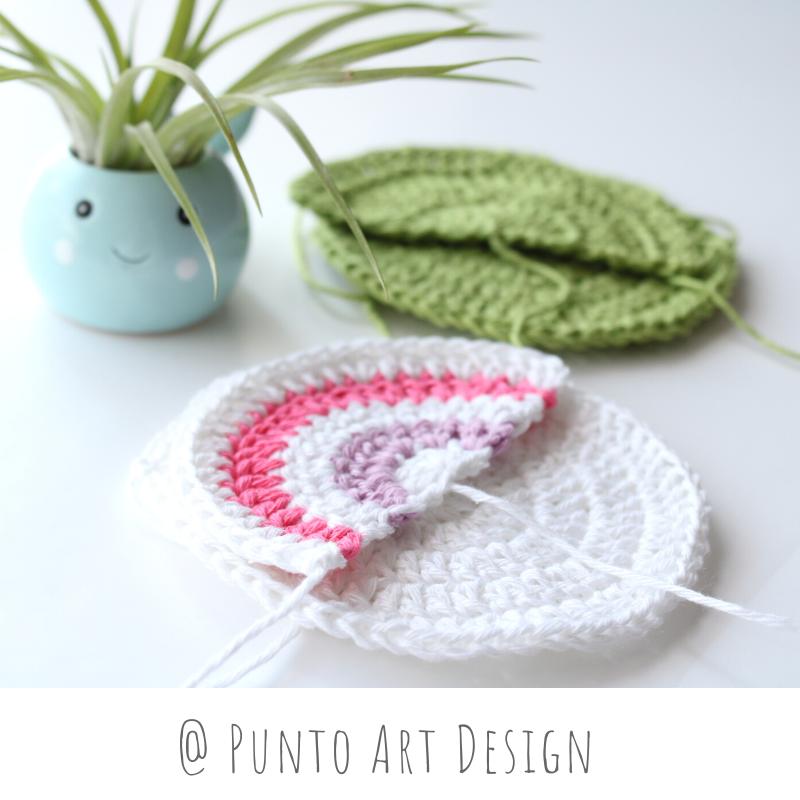 Circular Hanging Pocket (1)